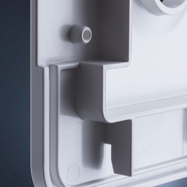 Fried Kunststofftechnik stellt Gehäuse für die Stoßwellentherapie im Kompaktspritzguss-Verfahren mit Hochglanzoberfläche her
