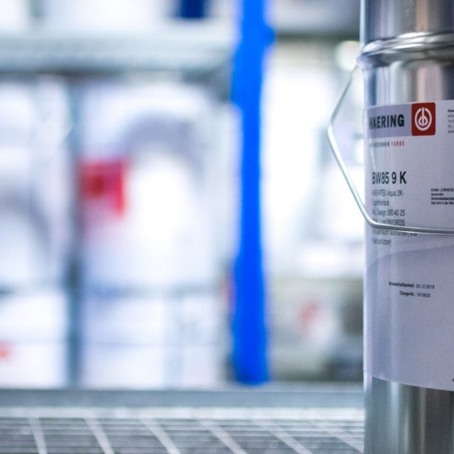 Fried Kunststofftechnik ermöglicht mittlerweile die Lackierung mit Lacken fast ohne Lösemittel.